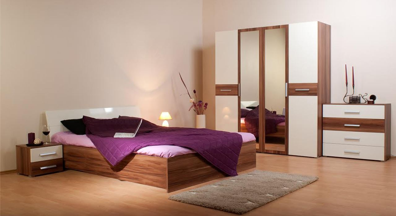 Get Modern Complete Home Interior With 20 Years Durability Mossoni Bed Wardrobe Set